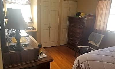 Bedroom, 197 N Merton St, 2