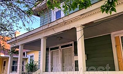 Building, 4224 E Washington St, Apt 1, 1