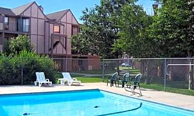 Pool, Antelope Gardens & Central Park, 0