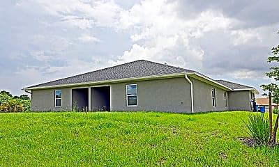 Building, 2410 Xelda Ave N, 2