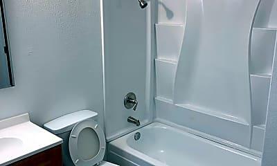 Bathroom, 138 Rhode Island St SE, 2