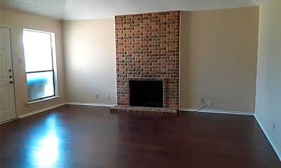 Living Room, 2810 Ridgecrest Dr, 1