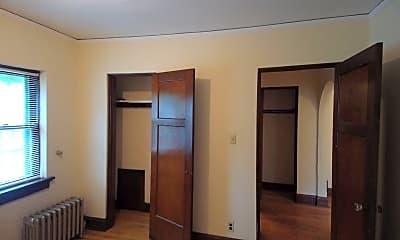 Bedroom, 3229 N Oakland Ave, 2