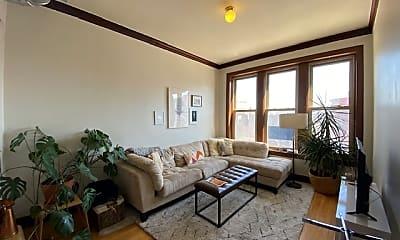 Living Room, 1440 N Ashland Ave, 1
