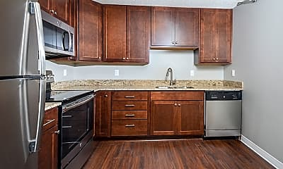 Kitchen, White Bear Woods Apartments, 1