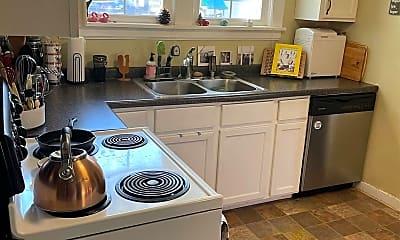 Kitchen, 1001 Harrison St, 2