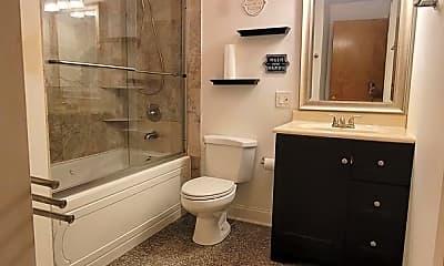 Bathroom, 6736 S Crandon Ave, 1