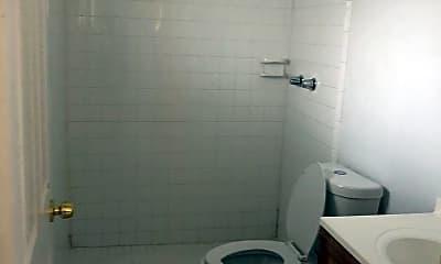 Bathroom, 1990 NW 183rd St, 2