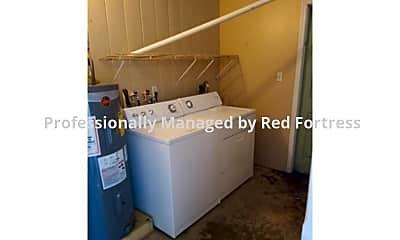 Laundry Room, 2216 Moreno Ave, 2