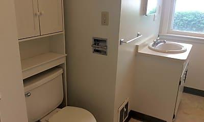 Bathroom, 140 11th Ave W, 2