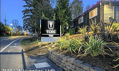 Community Signage, 7580 SW Hunziker St, 1