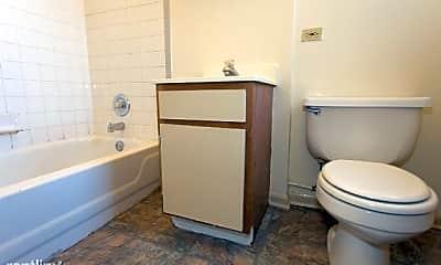 Bathroom, 5744 N Winthrop Ave, 2