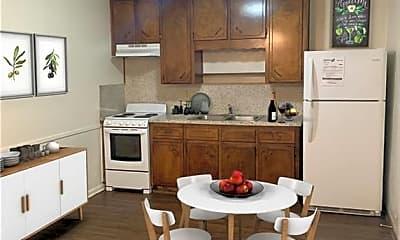 Kitchen, 614 Stringer St 232, 1