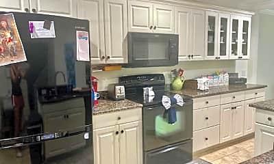 Kitchen, 4407 Foremast Ct, 0
