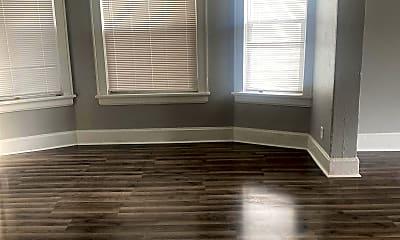 Living Room, 2146 N 35th St, 2