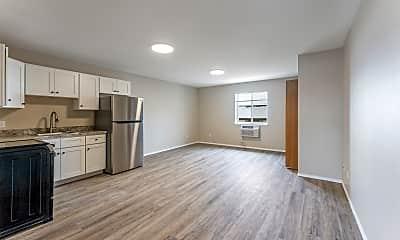 Living Room, 810 Mandeville Ln, 0
