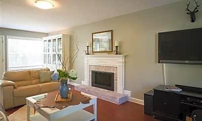 Living Room, 1766 Witt Way Dr, 1