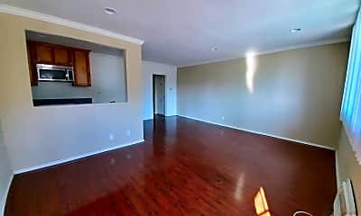 Living Room, 1253 N Las Palmas Ave, 1