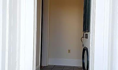 Bathroom, 1015 St Ann St, 0