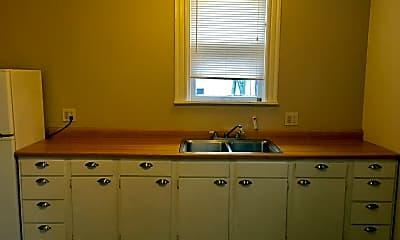 Kitchen, 740 Cherry St SE, 2