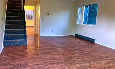 Living Room, 4502 NE Hancock St, 0