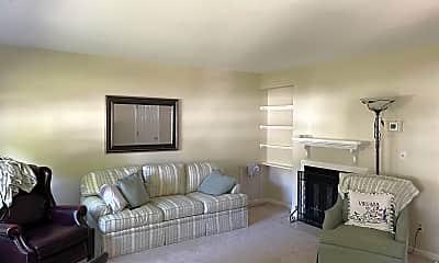 Living Room, 129 Birdwood Ct, 1