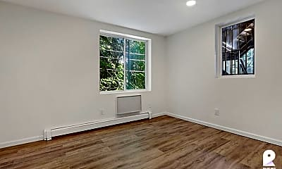 Living Room, 385 Vernon Ave #2A, 2