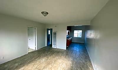 Living Room, 8240 Gardendale St, 0