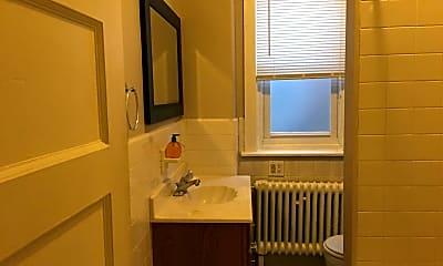 Bathroom, 494 Haddon Ave, 2