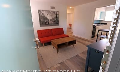 Living Room, 3427 Southern Ave, 1