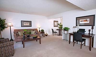 Fairway Estates Apartments, 0