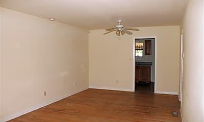 Living Room, 1814 S Meridian St, 1