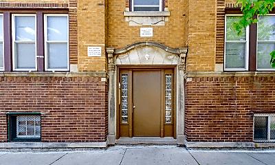 Building, 6223 W Wabansia Ave, 2