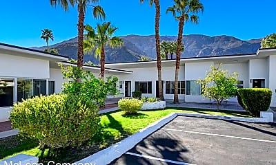 641 N Palm Canyon Dr, 0