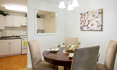 Dining Room, Woodview At Randolph, 2
