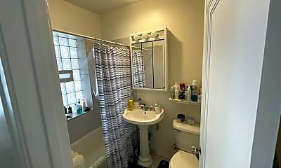 Bathroom, 2339 W Addison St, 0