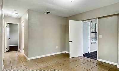 Living Room, 4412 Seybold Ave, 2