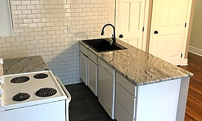 Kitchen, 626 E Ferry St, 1