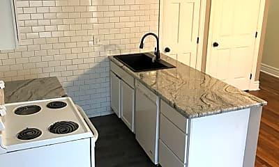 Kitchen, 626 E Ferry St, 1