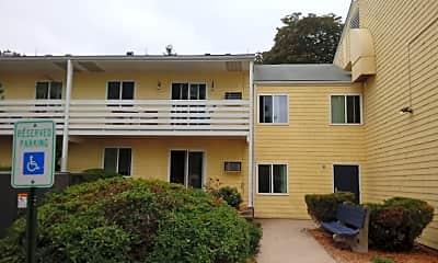 Beachwood Apartments, 2