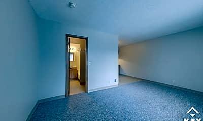 Living Room, 833 S Market St, 2