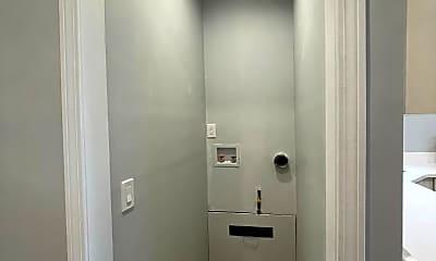 Bathroom, 421 Central Ave, 2