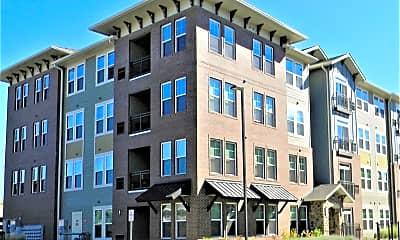 Building, 700 E Algonquin Rd 4306, 0