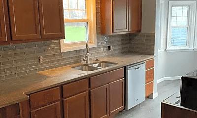 Kitchen, 154 Garden St, 1