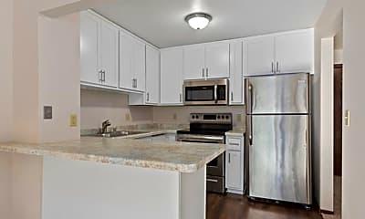 Kitchen, 1410-1712 S Nicolet Rd, 0