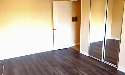 Bedroom, 3305 E Ransom St, 2