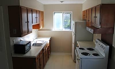 Kitchen, 667 Santa Fe, 2