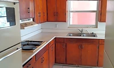 Kitchen, 1628 Crest Ave, 1