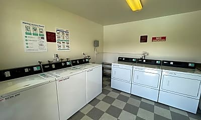 Kitchen, 3090 Channel Dr, 2