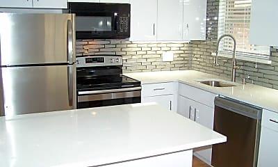 Kitchen, 411 S. Geyer Rd., 1